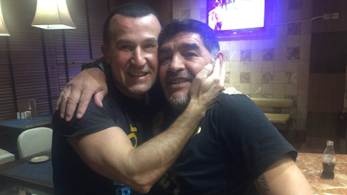 Richy Castellanos, junto a su amigo Diego Armando Maradona.