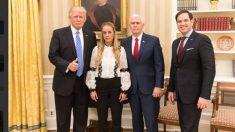 Donald Trump en la Casa Blanca con Lilian Tintori, esposa del opositor encarcelado Leopoldo López.