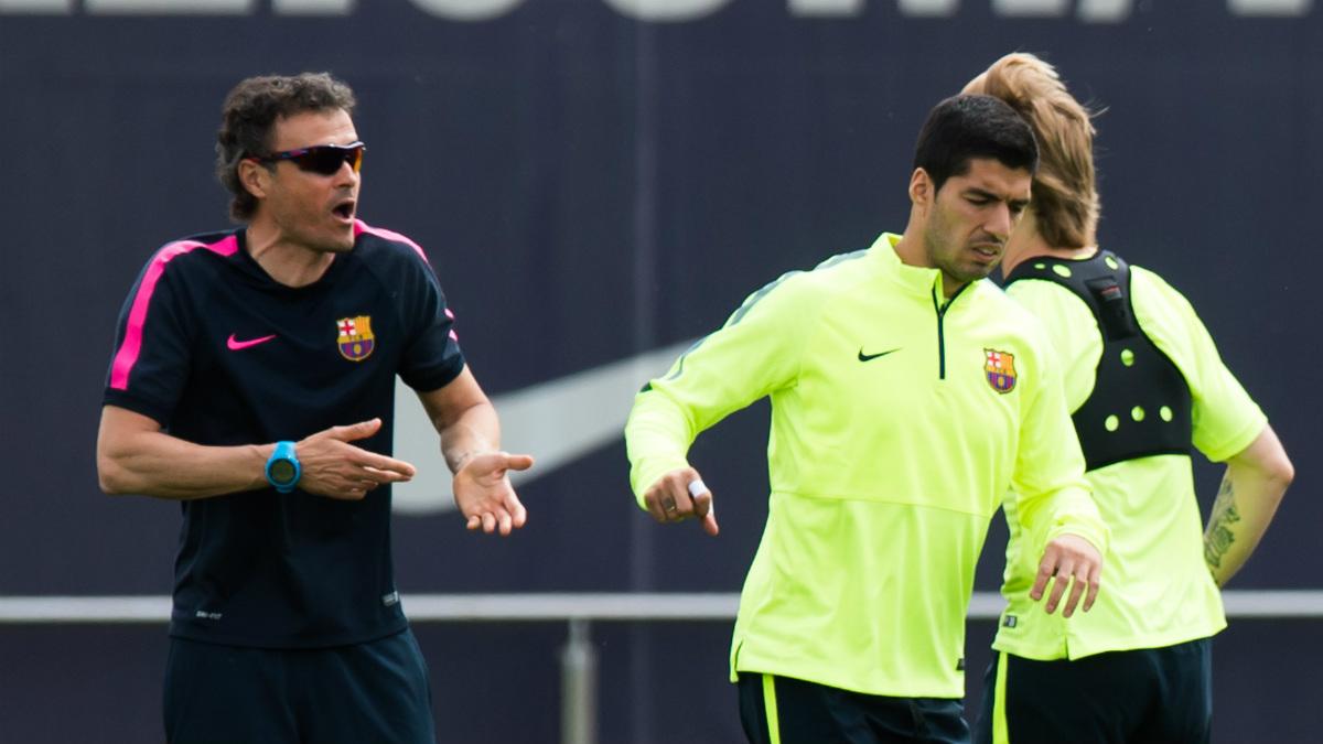 Luis Suárez junto a Luis Enrique en un entrenamiento. (Getty)