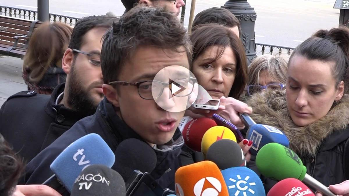 Íñigo Errejón, a la entrada del Círculo de Bellas Artes en Madrid. (Vídeo: Enrique Falcón)