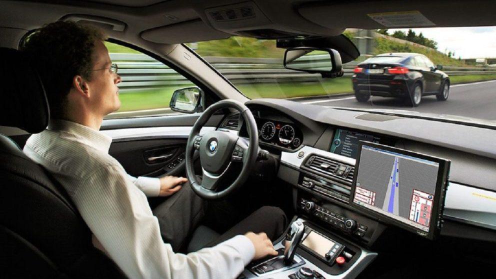Vehículo de conducción autónoma.