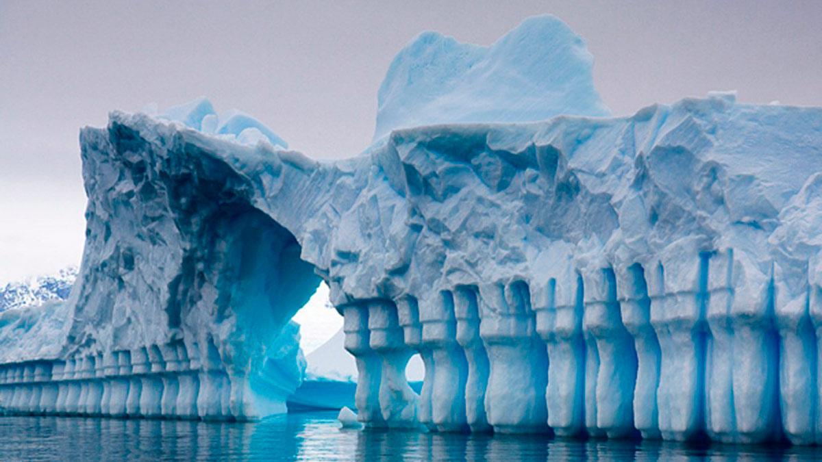 ¿Qué existe bajo el hielo de la Antártida?
