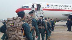 Guardias civiles llegando a la misión española en Irak.  (Foto: Ministerio del Interior)
