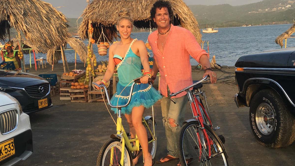 La cantante Shakira y Carlos Vives.