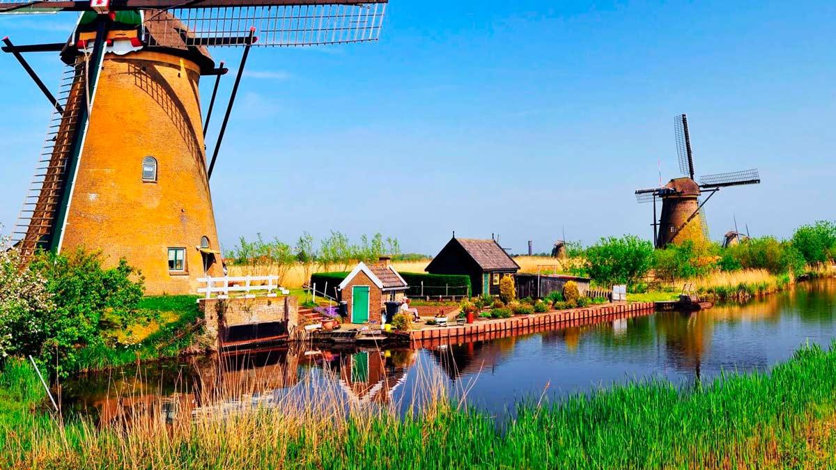 Las diferencias entre Holanda y Países Bajos