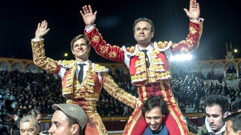 El Juli y Ferrera salen a hombros en Olivenza (Foto: Efe).
