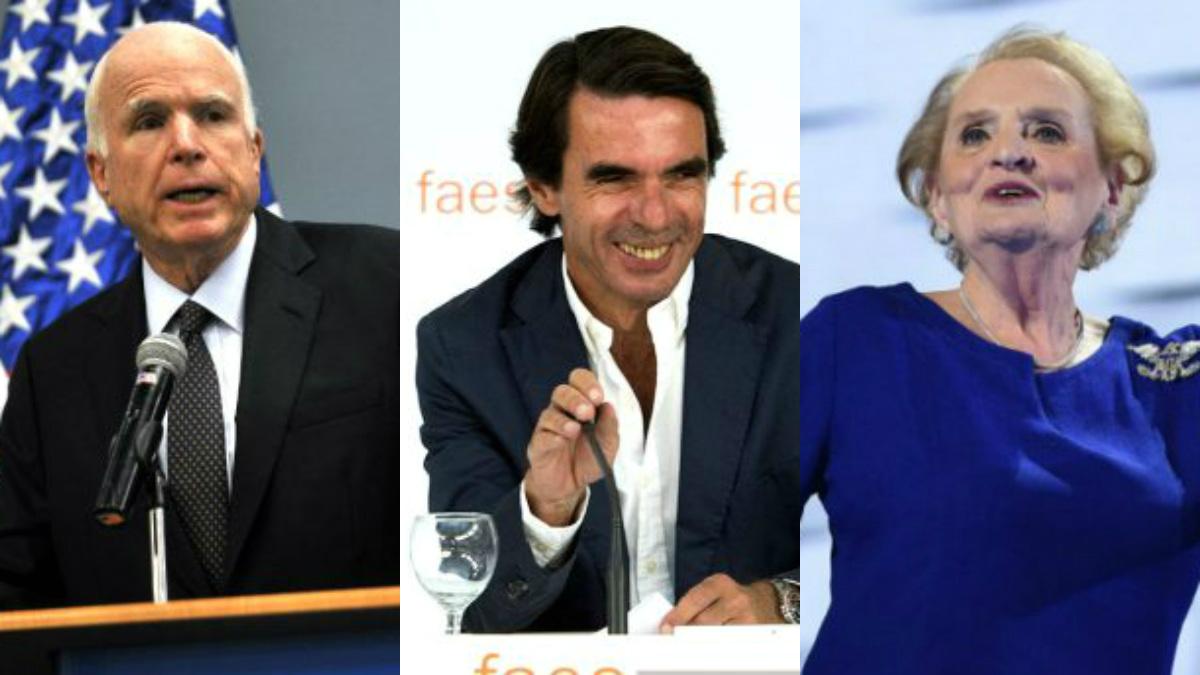 El senador de EEUU John McCain, el ex presidente José María Aznar y la ex secretaria de Estado de EEUU Madeleine Albright.