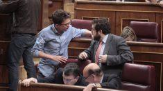 Iñigo Errejón discute con Miguel Gutiérrez en el Congreso (Foto: Francisco Toledo)