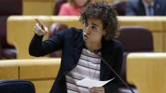 La ministra Dolors Montserrat, en el Senado. (EFE)