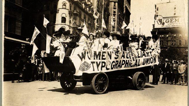 Resultado de imagen para primer Día Internacional de la Mujer, el 19 de marzo de 1911