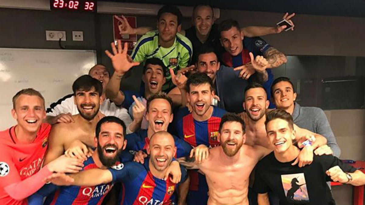 Mathieu hace una peineta mientras celebraba la clasificación junto a sus compañeros. (Instagram)