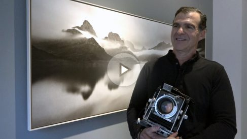 Fernando Manso no explica su peculiar modo de trabajo en la galería madrileña Ansorena.