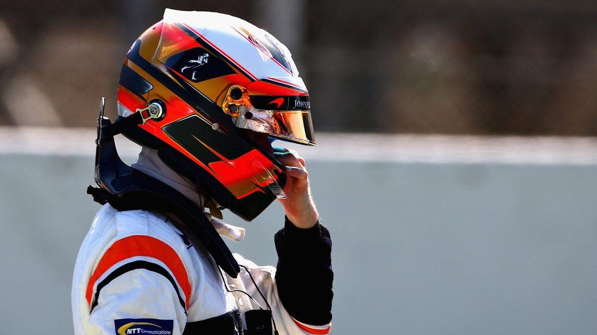 Stoffel Vandoorne con gesto de resignación tras otra jornada dura para McLaren-Honda (Getty)