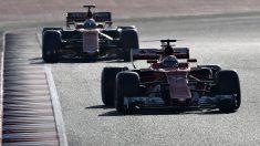 El Ferrari de Kimi Raikkonen, por delante de Fernando Alonso, de McLaren-Honda (Getty)