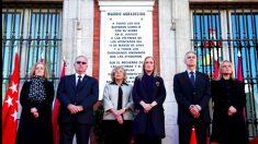 Cifuentes y Carmena presidieron el homenaje a las víctimas del 11M.