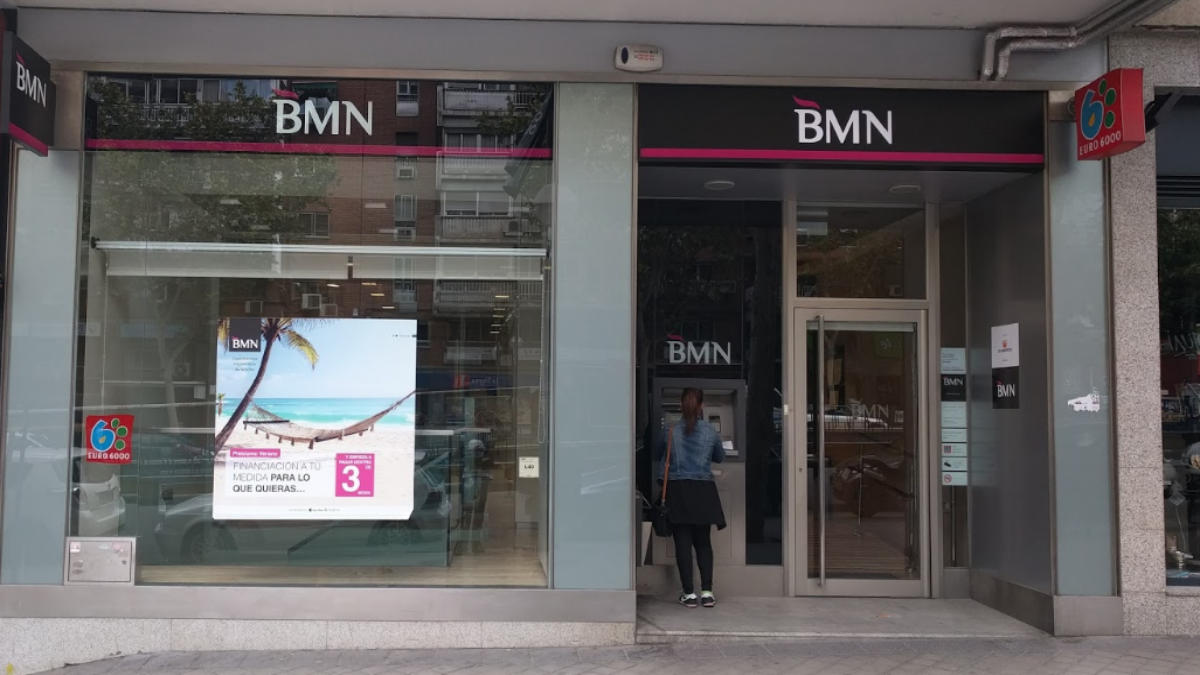 Banco BMN (Foto: Street View Google Maps).