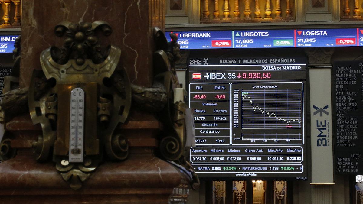 El principal indicador de la Bolsa española, el IBEX 35, EFE/Javier Lizón