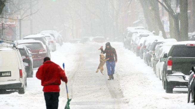 Una tormenta de nieve y viento paraliza el noreste de Estados Unidos