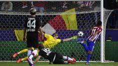 Correa dispuso de varias ocasiones para abrir el marcador.