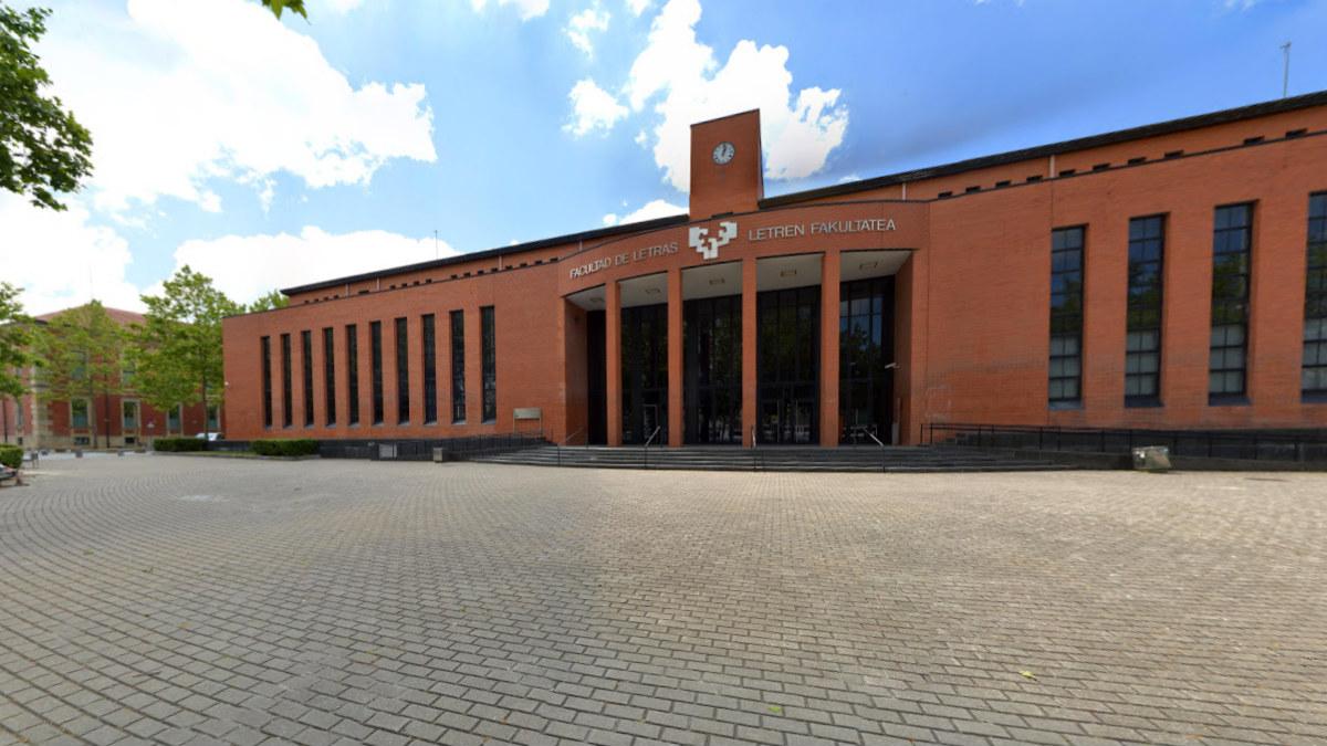 Facultad de Letras de la UPV en Vitoria.