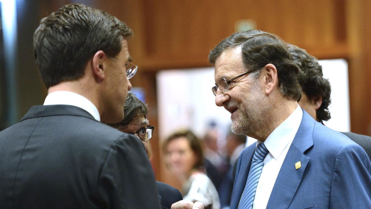 El presidente del Gobierno, Mariano Rajoy, junto al primer ministro holandés, Mark Rutte (Foto: AFP)