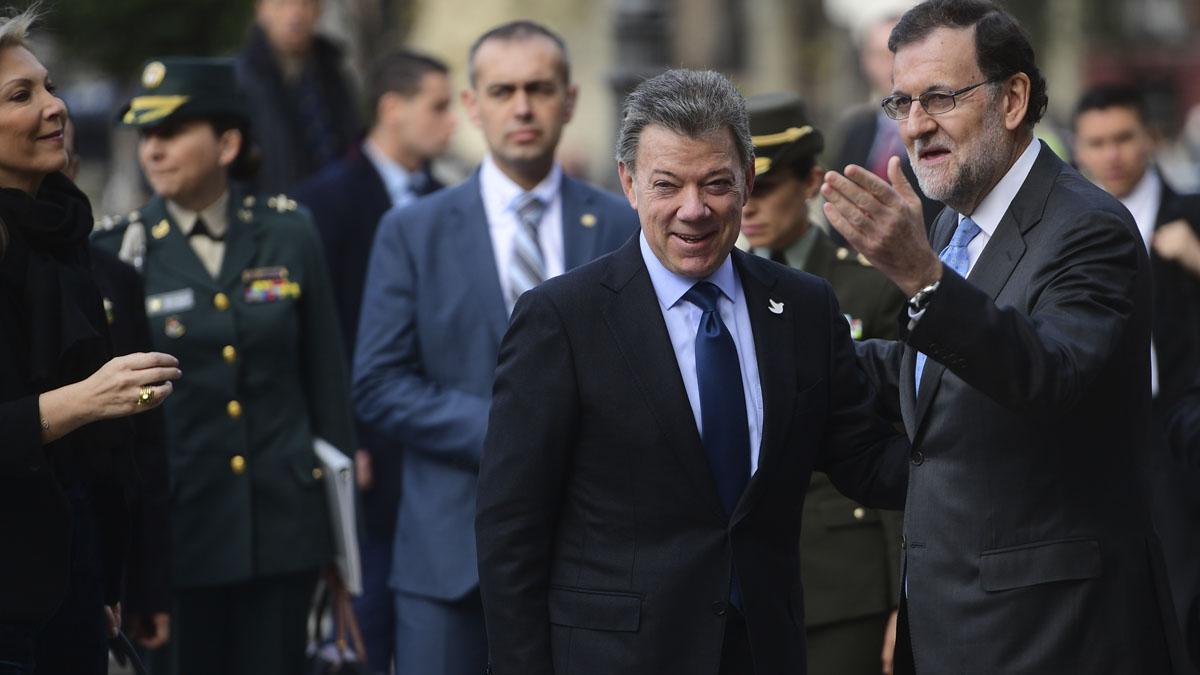 Juan Manuel Santos y Mariano Rajoy en una imagen de archivo (Foto: AFP)