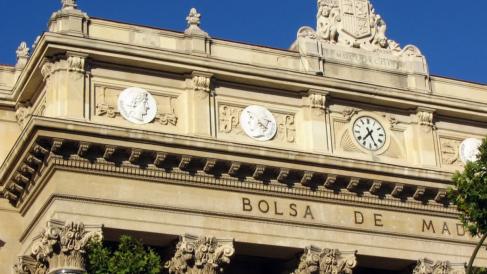 Imagen exterior de la  Bolsa de Madrid (Foto: Flickr)