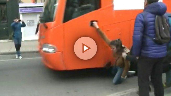 autobus-hazte-oir-pamplona-play