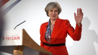 Theresa May, primera ministra de Reino Unido Foto: Getty