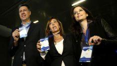 Albiol, Sánchez Camacho y Andrea Levy en el Congreso del PP catalán (Foto: Efe).