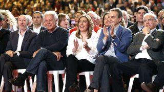 Susana Diaz arropada por Rubalcaba, González y Zapatero (Foto: Efe).
