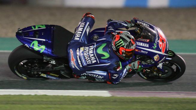 El 'jeque' Maverick Viñales conquista Qatar en su estreno con Yamaha