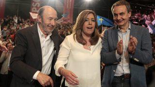 Alfredo Pérez Rubalcaba, Susana Díaz y José Luis Rodríguez Zapatero. (Foto: Francisco Toledo / Okdiario)
