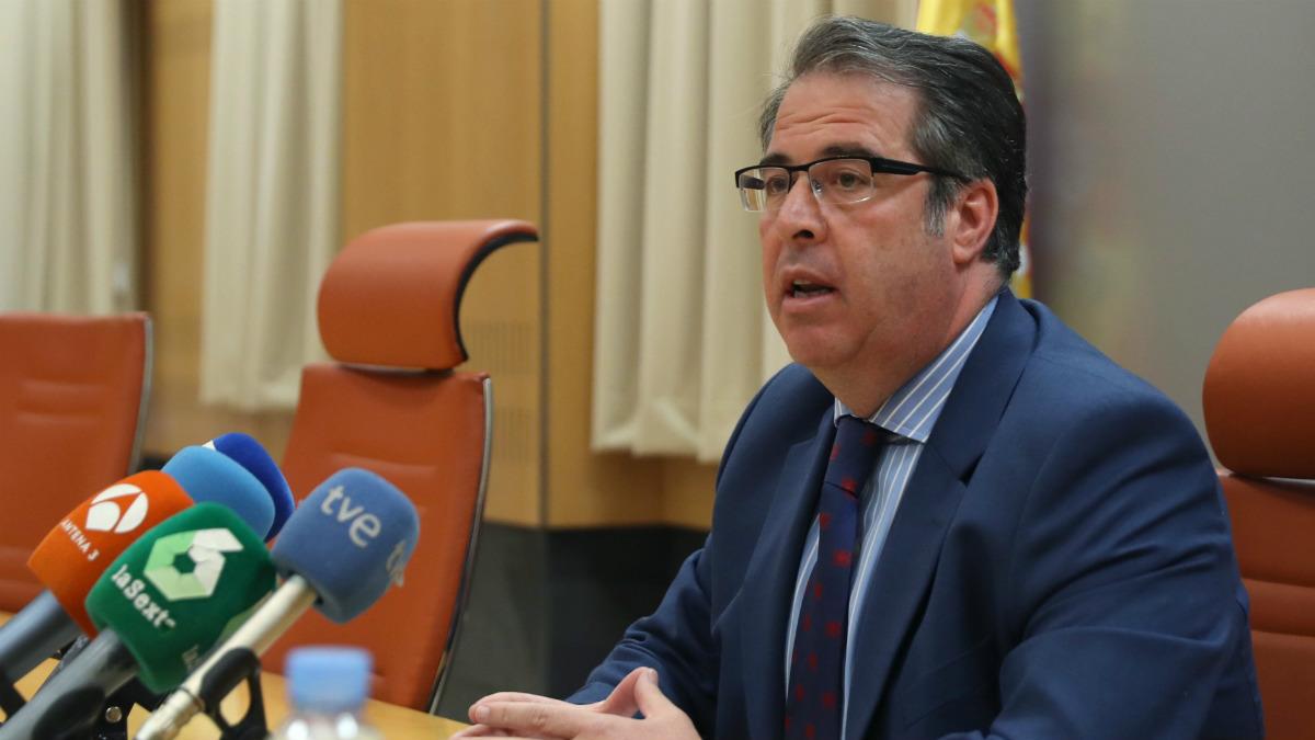 El director general de Tráfico, Gregorio Serrano, en rueda de prensa (Foto:EFE)