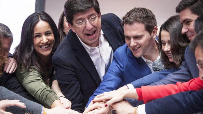 Juan Marín con Albert Rivera y otros dirigentes de Ciudadanos