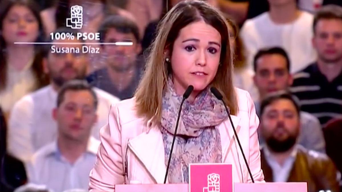 La socialista Estela Goikoetxea en el acto de Díaz. (Foto: Youtube)