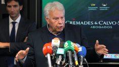 Felipe González durante un acto en apoyo a Leopoldo López. (Foto: Enrique Falcón)