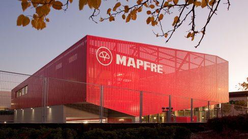 Imagen de un edificio de Mapfre.