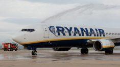 Uno de los aviones de la aerolínea Ryanair (Foto: Getty)