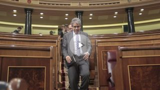 Francesc Homs, bajando de su escaño.