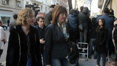 Idoia Mendía, entrando en la sede de Ferraz. (Foto: Francisco Toledo)