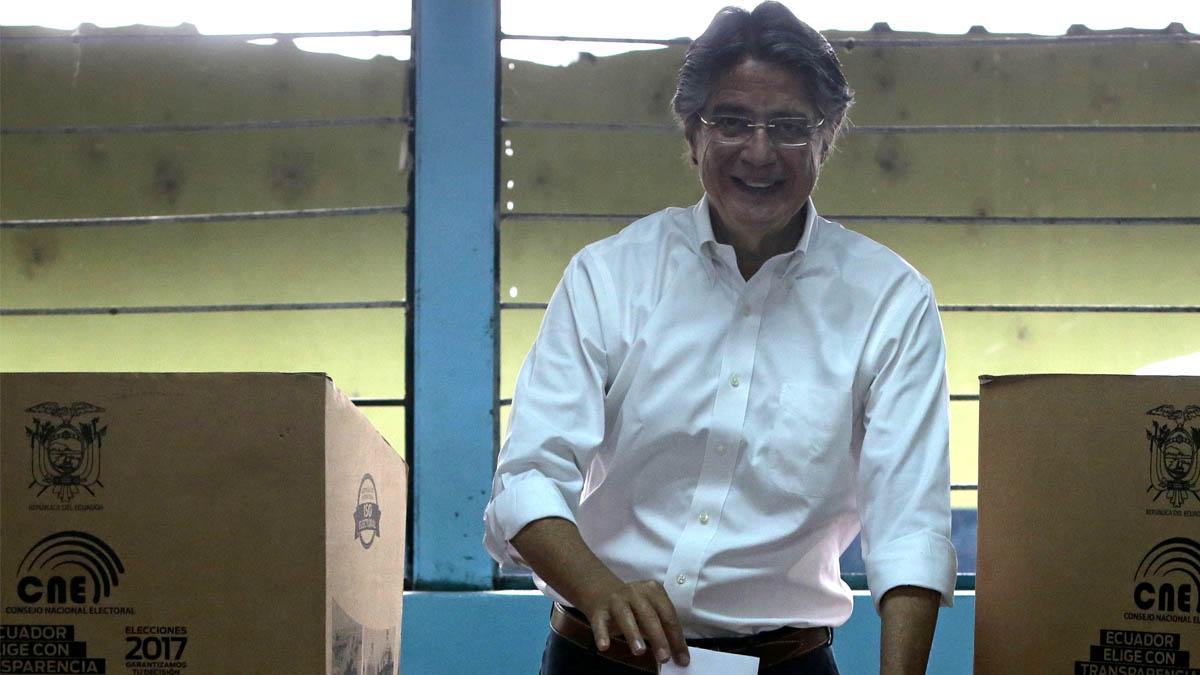 Guillermo Lasso, candidato de centro-derecha en Ecuador(Foto: AFP)