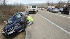 Un motorista muerto en una colisión con un turismo en Fuentetoba, Soria (Foto:EFE)