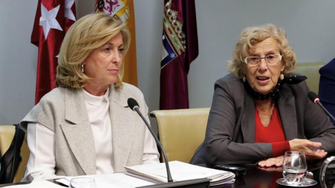 Carmena comete «un error» al votar y salva por ahora de la reprobación a la Delgada del Gobierno