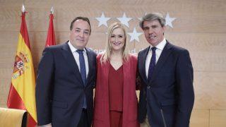 Cristina Cifuentes, Jaime González Taboada y Ángel Garrido (CAM. D. Sinova)
