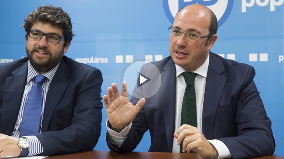 López Miras, junto a Sánchez, este martes.