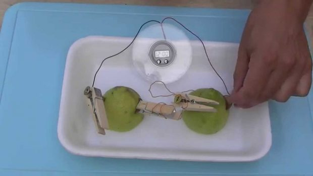 Experimentos caseros: Batería de limón