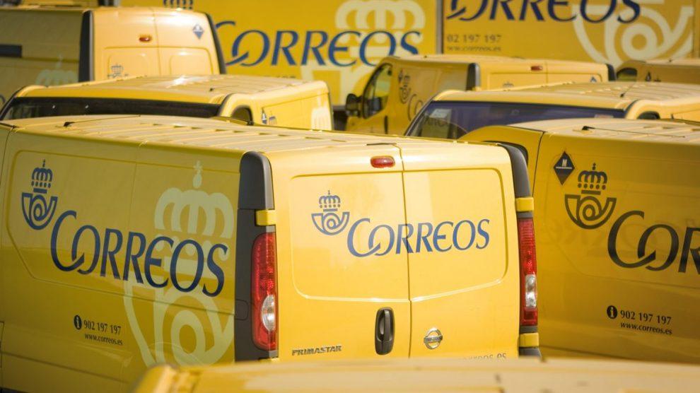 Furgonetas de reparto de Correos (Foto: Correos)