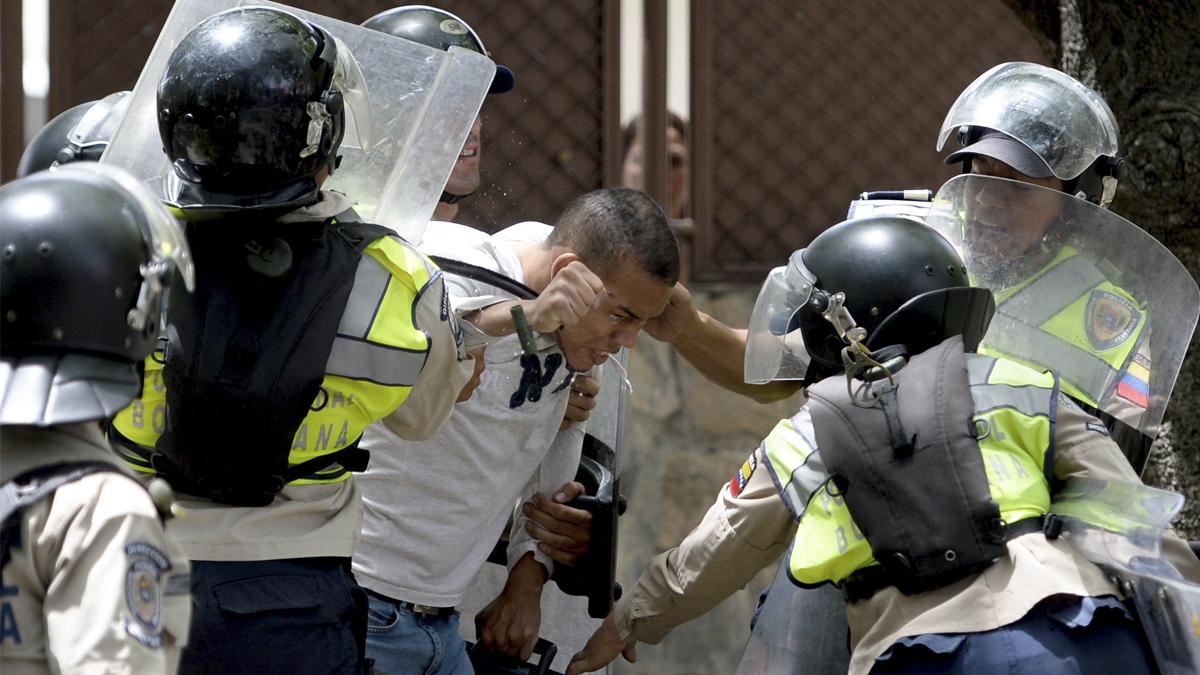 Represión en Venezuela. (Foto: AFP)