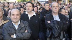 Andoni Ortuzar y Joseba Egibar. (Foto: AFP)